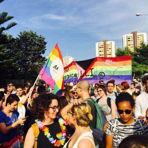 Puglia pride 2016, in migliaia al corteo di Taranto
