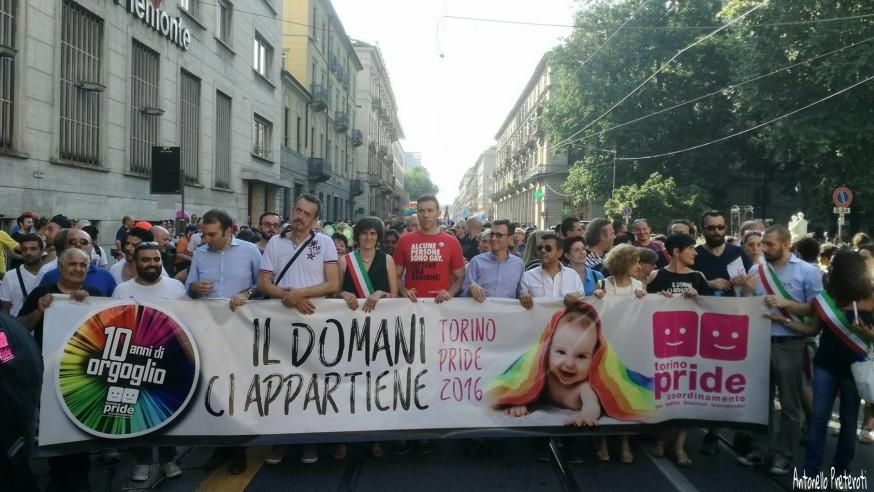 Centoventimila persone al Pride del decennale #TorinoPride2016